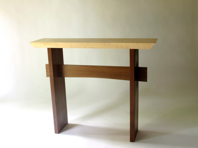 Statement Table:a Narrow Console Table, Narrow Sofa Table Or Artistic Side  Table